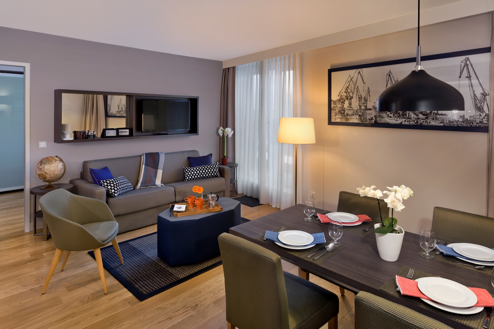 Citadines Michel Hamburg Two Bedroom Apt. The Ascott Limited klein
